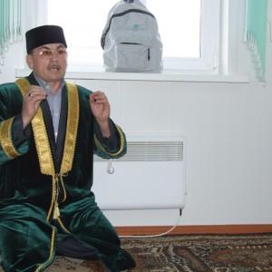Имам мечети, построенной на собственные средства в с.Пировское.