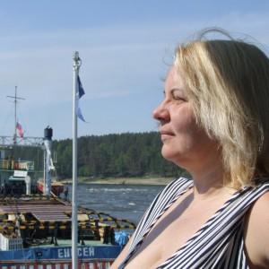 Журналист Наталья Тихомирова