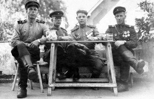 15 июля 1945 года, Чехословакия. В. Демидов - второй справа