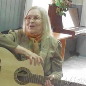 Галина Шелудченко исполняет романс на стихи В.Астафьева