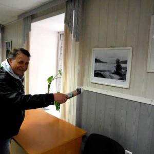 Автор выставки Анатолий Белоногов. Фото Геннадия Каледы