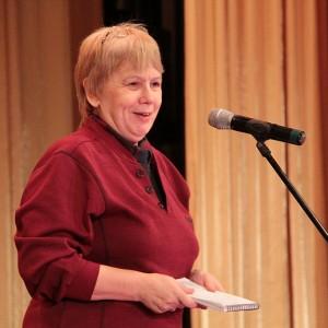 Председатель жюри конкурса Красноярские перья - 2012 Людмила Винская взошла на сцену - и надолго. Работы у нее было много.