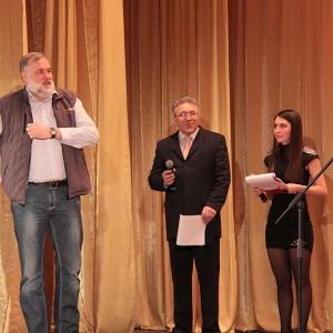 Илья Наймушин поднимался на сцену очень бодро...