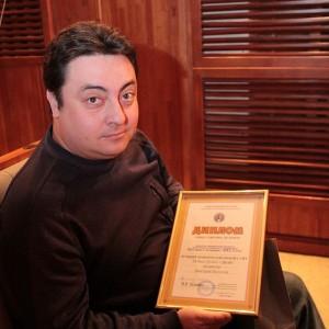 Дмитрий Болотов обдумывает, как вывесить диплом в Интернет