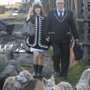 Денис Теребихин и его жена Анастасия Чуприна, учитель долганского языка