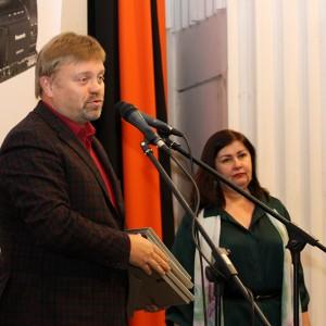 Василий Нелюбин готов к раздаче призов.