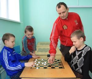 Семья шашистов Павловых. Фото Марины Полежаевой