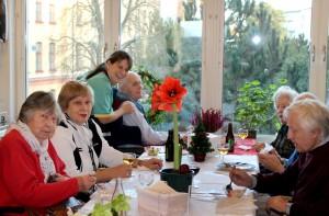 Стокгольм. Рождество в пансионате для престарелых.