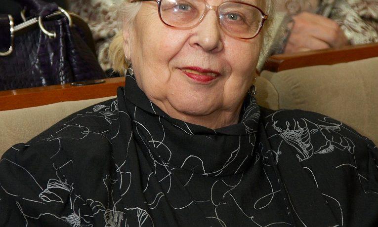 Людмила Титова. Война